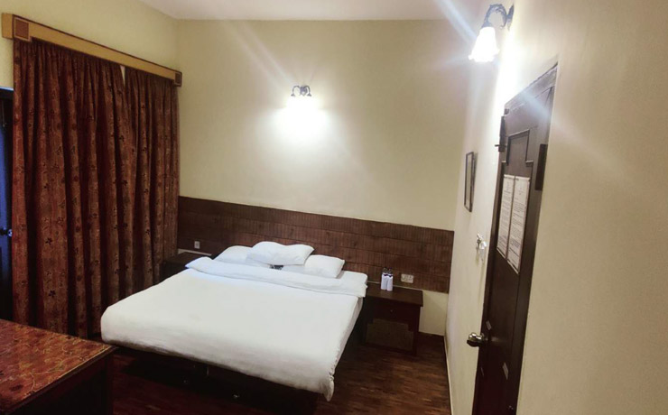 Deluxe rooms at Green Gates Hotel