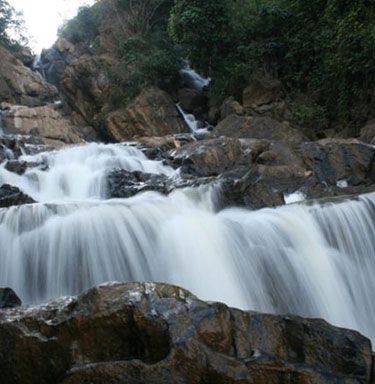 Meenmutty waterfallas Wayanad